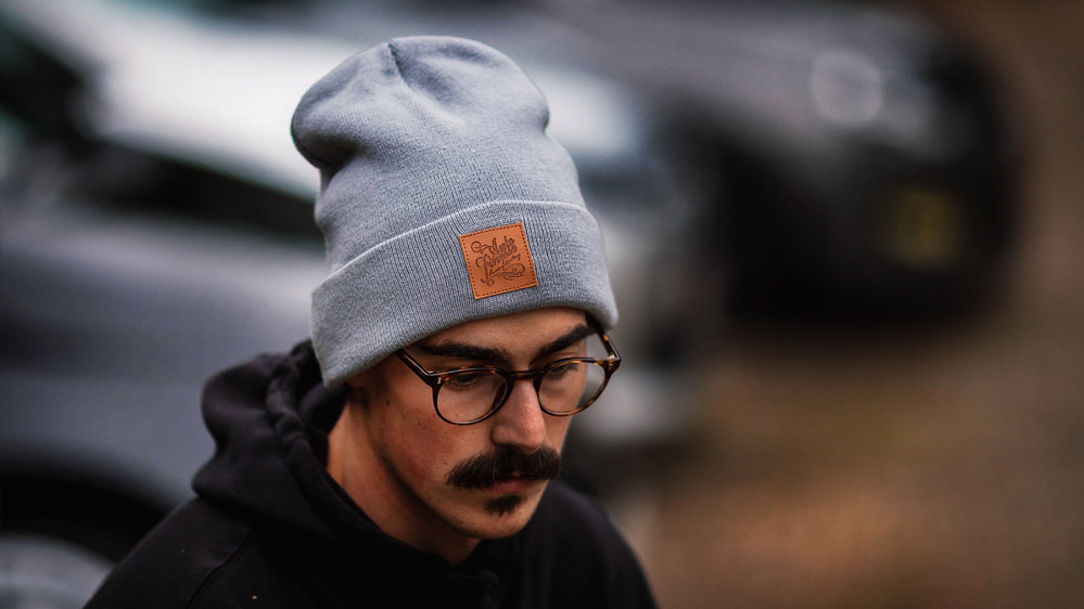 auto-finesse-knitted-beanie-light-2