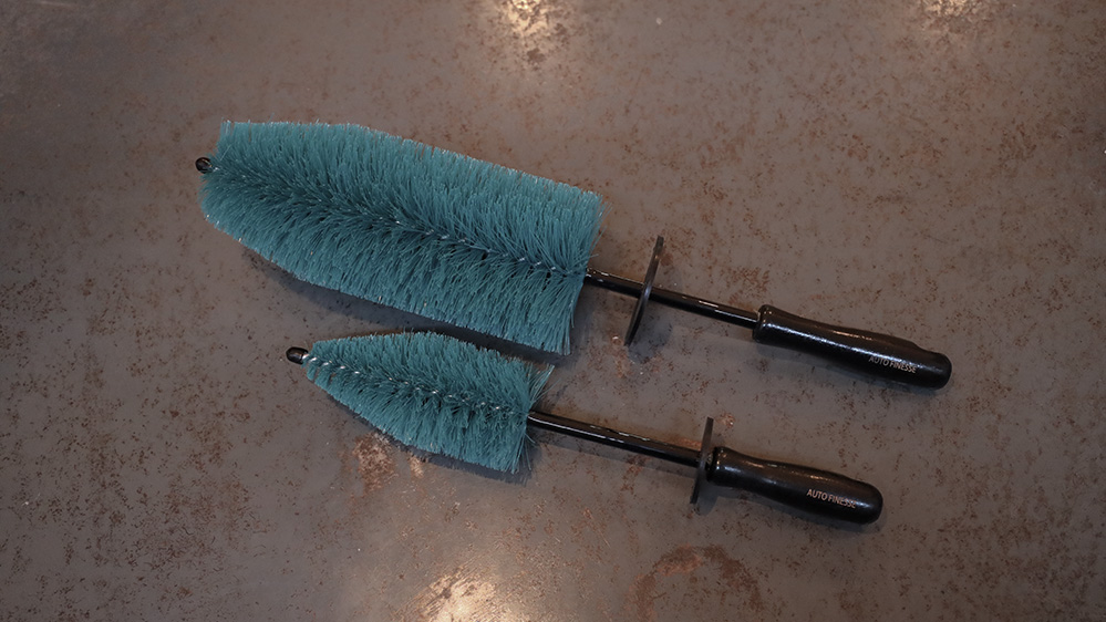 auto-finesse-mini-barrel-brush-3