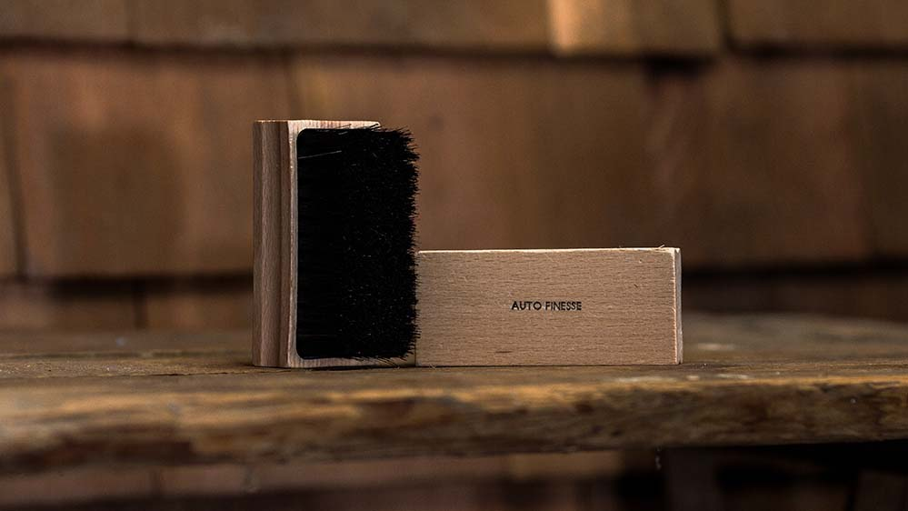 auto-finesse-upholstery-brush-2
